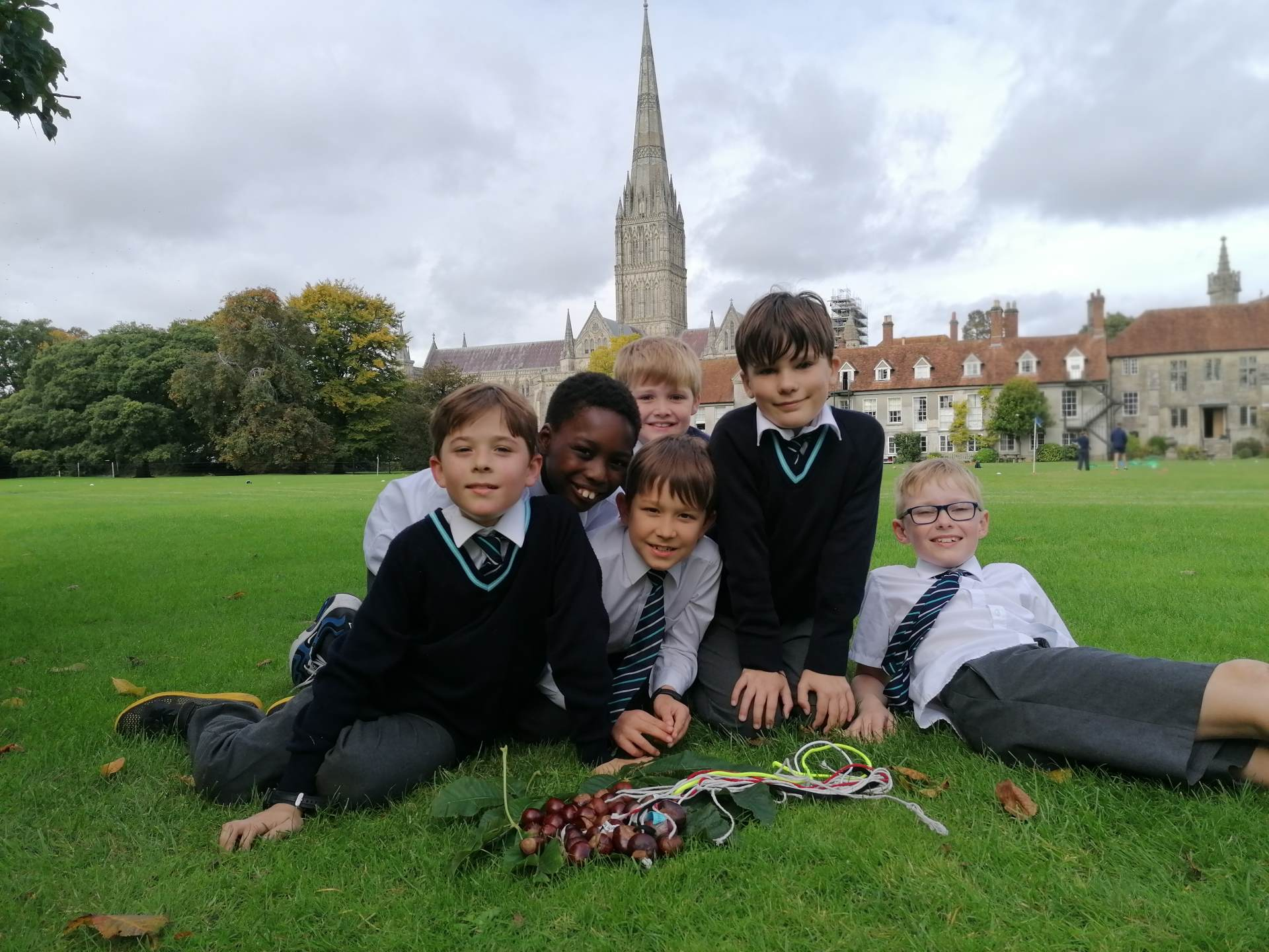 Salisbury Cathedral School - Outdoor Learning: is it time to Rewild your Child?